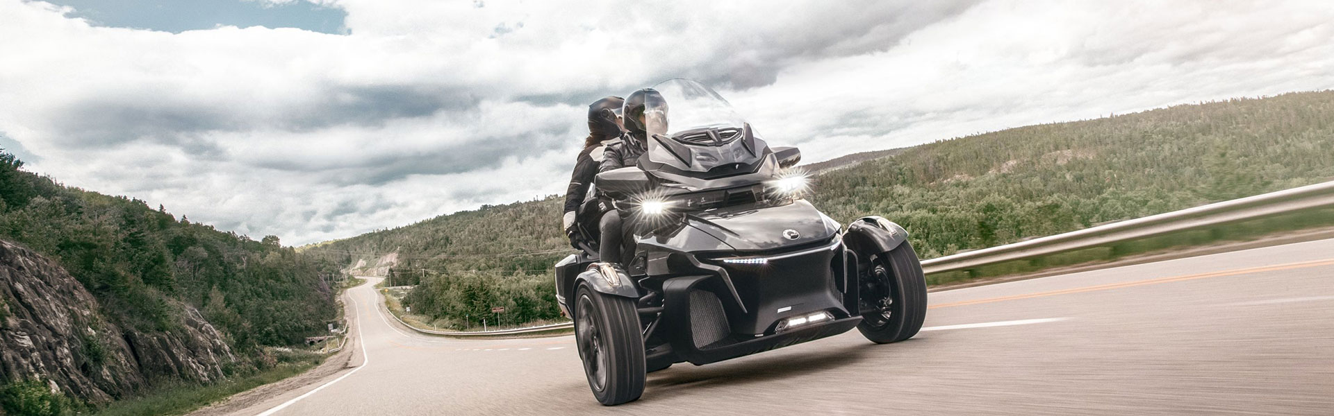 2020-on-road-spyder-rt